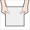 両手が紙を持った手のイラスト