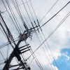 青い空と電線