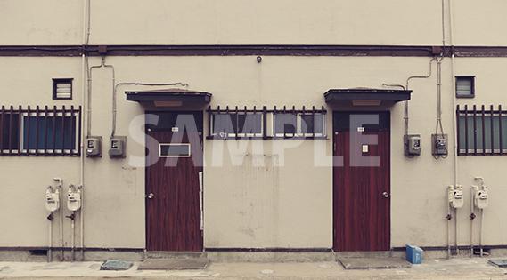 アパートの玄関