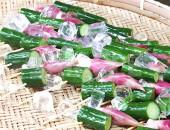 胡瓜と茗荷串の涼し気な写真