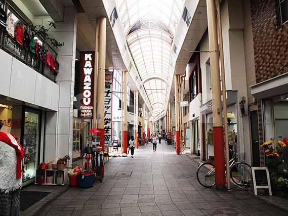 奄美大島の商店街