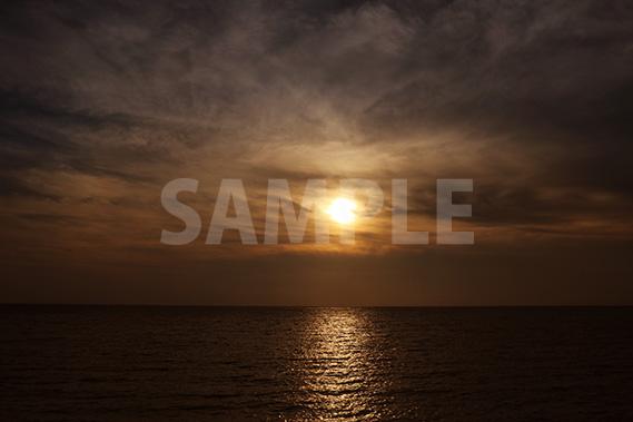海に沈む夕日・サンセット