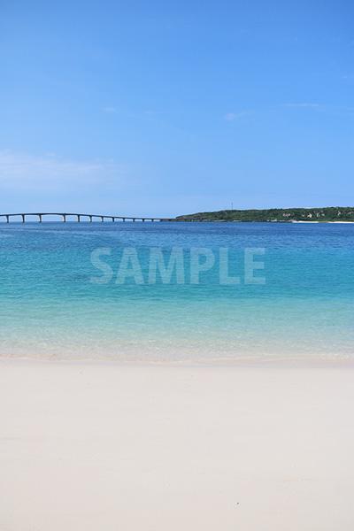 グラデーションが美しい与那覇前浜ビーチ