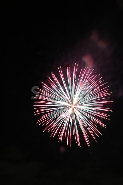 ピンク・ブルーの花火