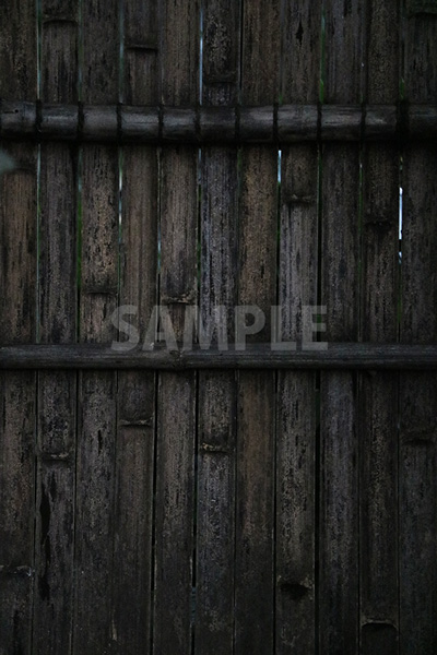 古い竹製の塀の写真