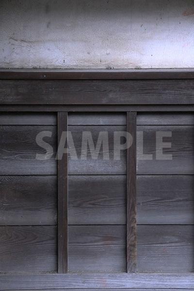 漆喰と木材の日本的な塀のテクスチャー写真・フォト素材