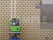 地下鉄の駅内の公衆電話の写真・フォト素材