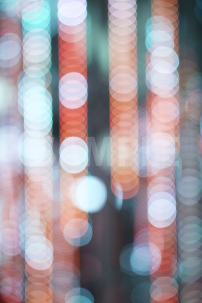 ボヤケたイルミネーションライトの写真・フォト素材