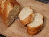 カットされたフランスパンの写真・フォト
