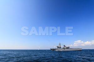 観艦式の写真「463うらが」青空と海