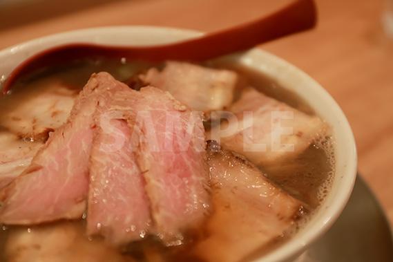 肉そばの写真・フォト素材